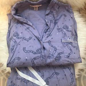 Victoria's Secret Women's pajama set